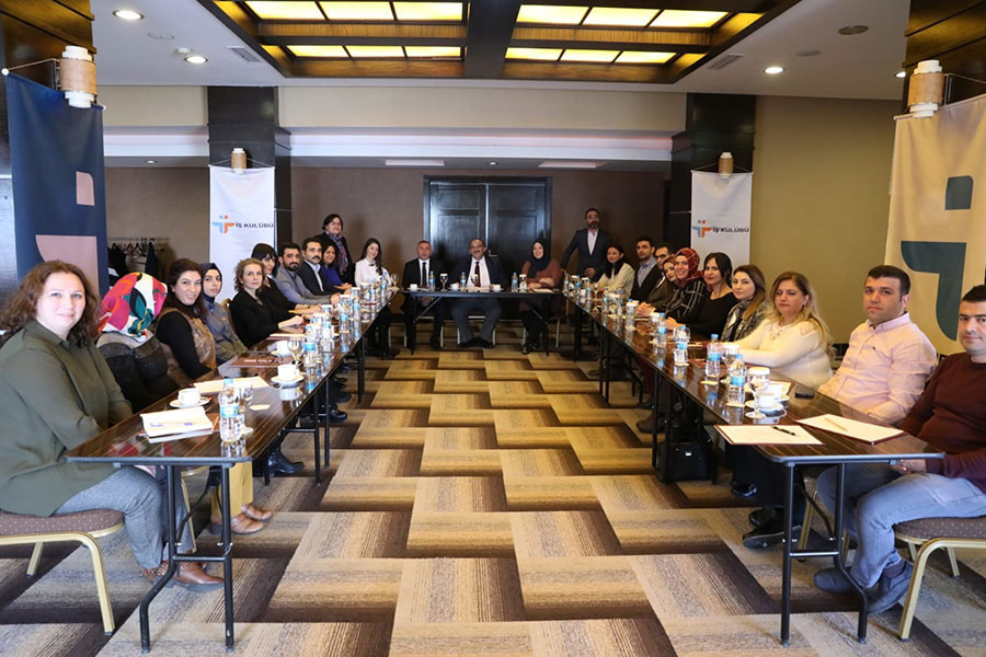 İş Kulubü Liderlik Eğitimi Ankara'da Başladı