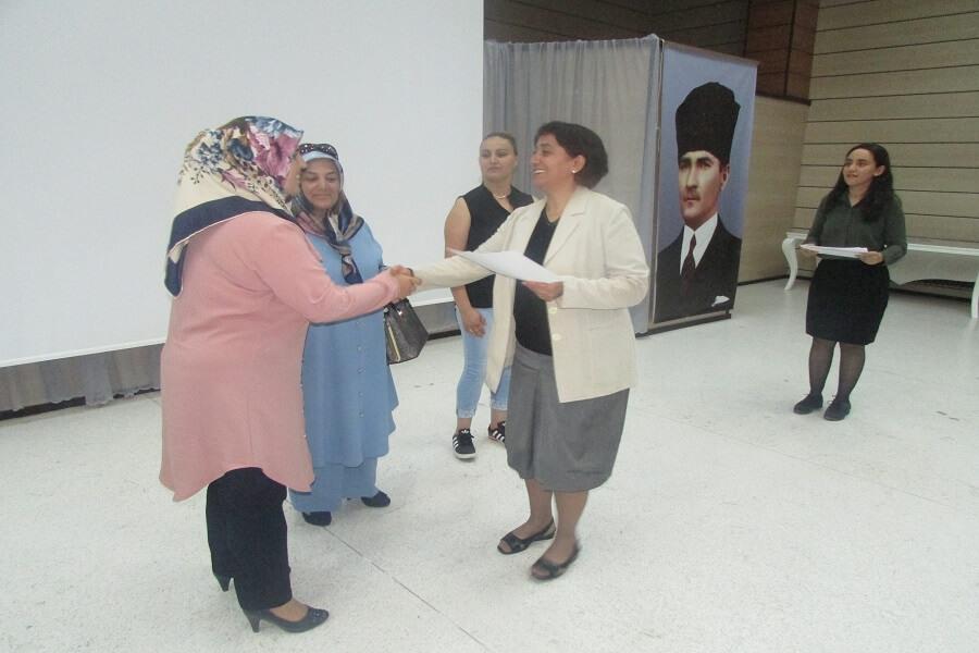 Erzincan'da Kadınlara Yönelik Seminer Düzenledik
