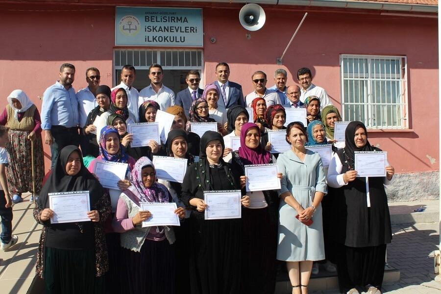 Aksaray'da Mesleki Eğitim Kursu Sertifika Töreni Düzenledik