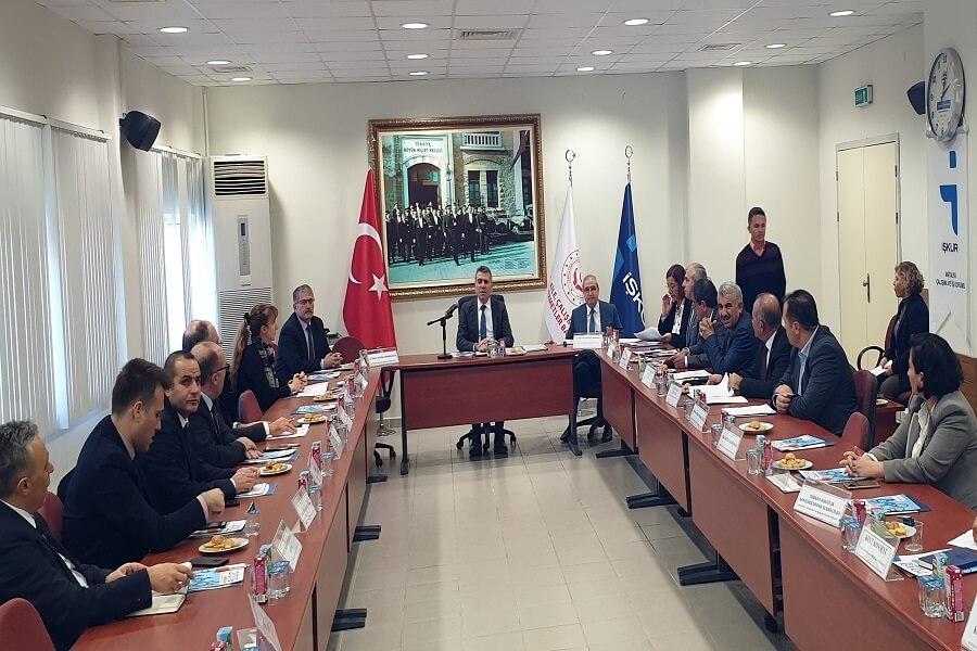 Antalya'da İl İstihdam ve Mesleki Eğitim Kurulu Toplantısı Yapıldı