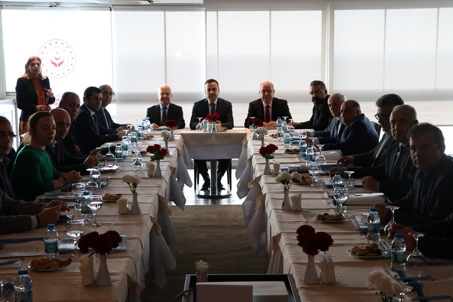 İzmir'de İl İstihdam ve Mesleki Eğitim Kurulu Toplantısı Gerçekleştirildi