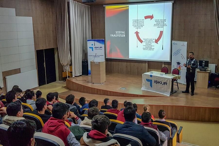 Kayseri'de Meslek Tanıtım Günleri Etkinliği Düzenledik