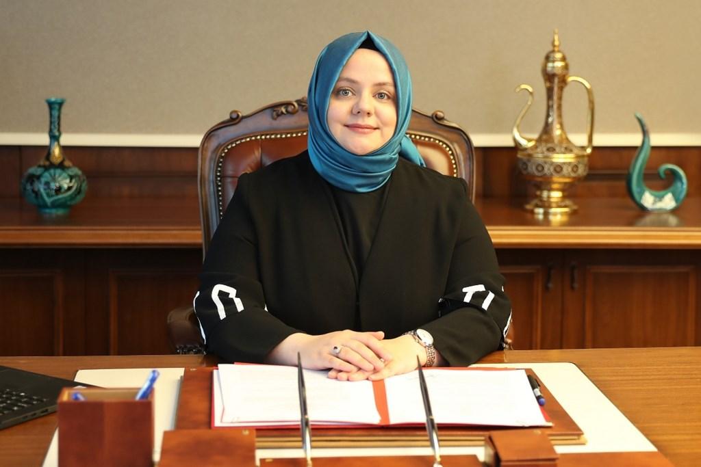 """Bakanımız Selçuk: """"İşsizlik ve Kısa Çalışma Ödeneği Ödemeleri Bugün Başlıyor"""""""