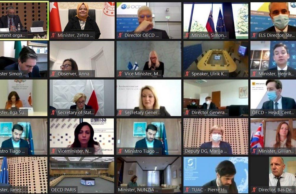 BAKANIMIZ ZEHRA ZÜMRÜT SELÇUK OECD BECERİLER ZİRVESİ'NİN ÜÇÜNCÜSÜNE KATILDI