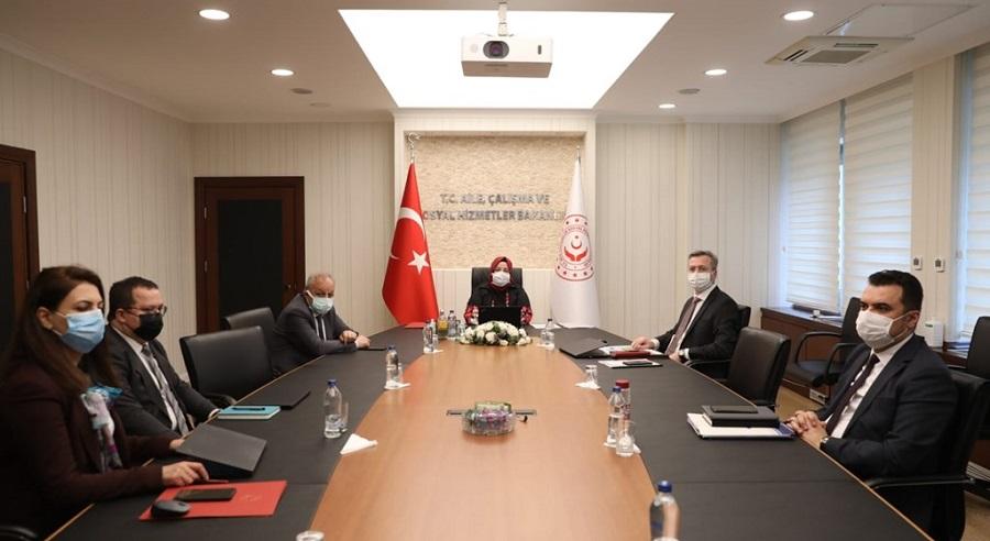 Bakanımız Selçuk, 81 İlin İŞKUR Müdürleriyle Toplantı Yaptı