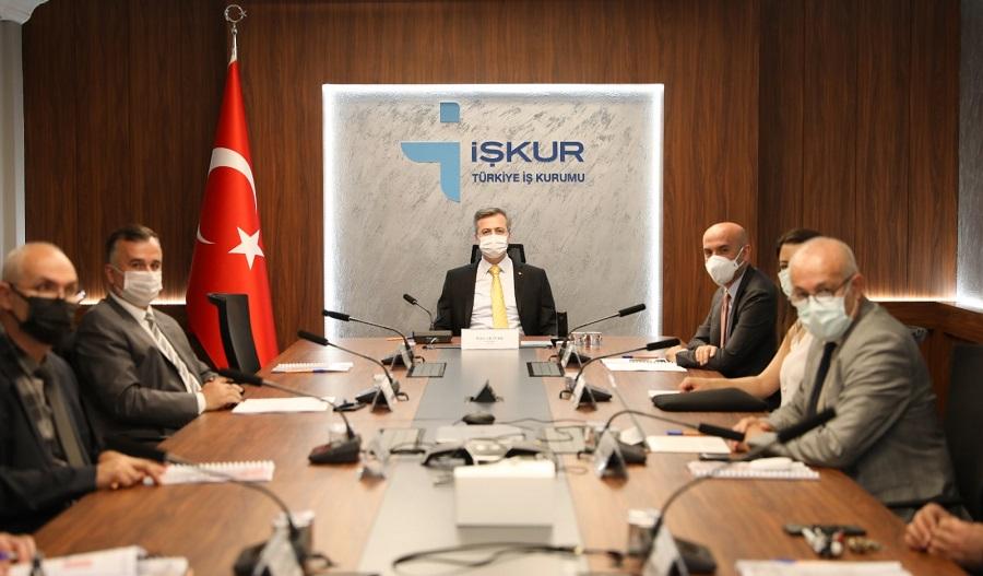 Genel Müdürümüz Bekir Aktürk Başkanlığındaki Komisyonda Engelli ve Eski Hükümlülere Yönelik Projeler Ele Alındı
